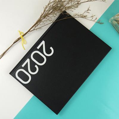 2020-16K玩色精裝直式週誌(深情黑) CD01160-20