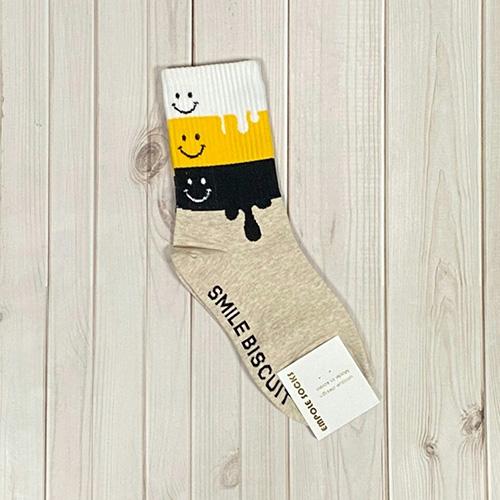 韓國中筒襪-微笑融化-米白底